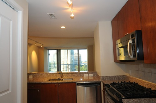Condo_kitchenview