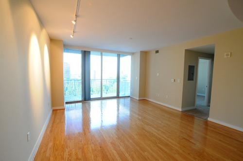 Condo_livingroom